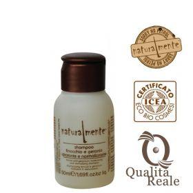 Naturalmente Fennel & Geranium Moisturizing kosteuttava shampoo mini 50 mL